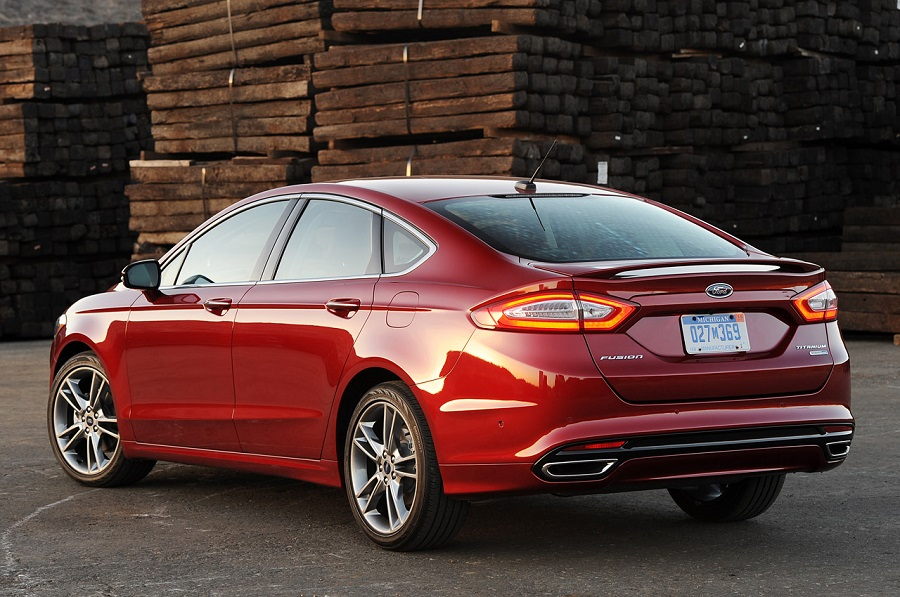 ford-fusion-2015-5